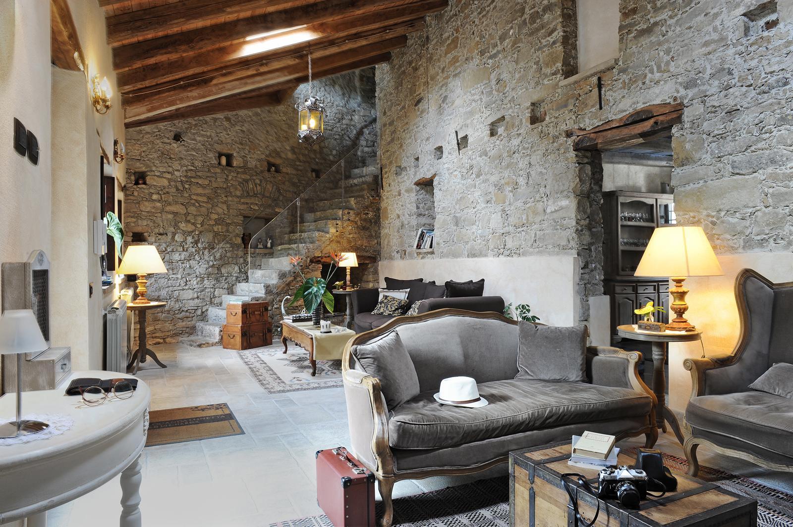 Antica locanda lunetta b b di charme monni pirisi for Sardinien design hotel